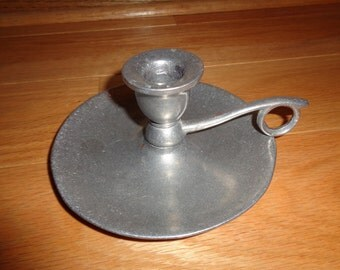 Vintage Rustic Americana Style  Solid Solitary Pewter Candlestick with handle in Very Good Condition with well developed patina