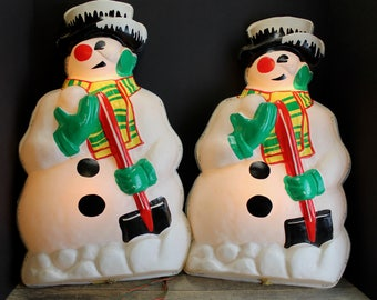 2 Vintage Plastic lighted Snowmen // Wall Hangings  // Mid Century // :ighted Snowman
