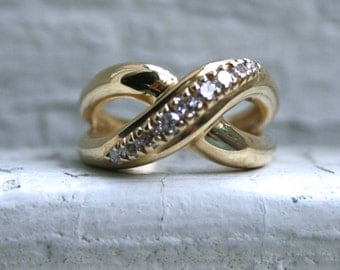 RESERVED - Vintage 14K Yellow Gold 'X' Diamond Wedding Band - 0.27ct.