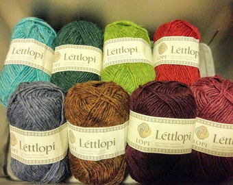 Léttlopi Icelandic Wool , Many colors - Worsted Weight Yarn 100% new wool. 50 g (1.7 oz) approx. 100 m  (109 yd).