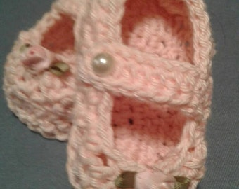 Mary Jane Style Booties, Crocheted Cotton Baby Booties, Baby Girl Mary Jane's,Baby Girl Booties, Pink Baby Girl Booties