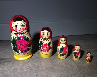Traditional Babushka Nesting Doll Set of 5