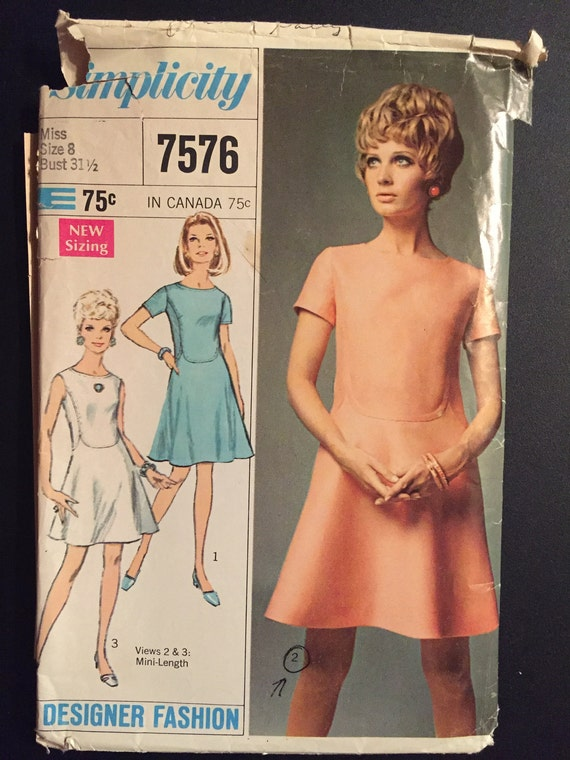 Simplicity Sewing Pattern 7576 60s Misses Dress in Two Lengths Size 8