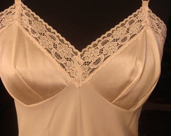 Vintage 1970s Upper Lace Lingerie Slip Dress Gown
