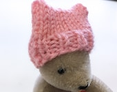 Miniature Women's March Hat- One Hand Knitted Cap- Pussycat- Doll, Small Pet- Shades of Pink