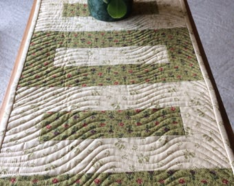 Quilted tablerunner  homemade tablerunner  spring summer decor floral tabletopper