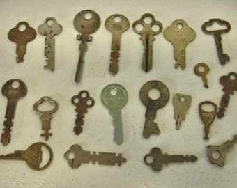Vintage Lot of 20 Flat Keys Rustic Keys Crafts Keys Mix Media Altered Art Steampunk Lot no.57