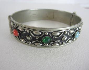 Vintage Silver Alpacca Bracelet Made in Italy Bezeled Colored Stones Hinge Opening Boho Accessory Green Red Blue Italian Alpaca