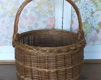 Vintage Circular Wicker Basket