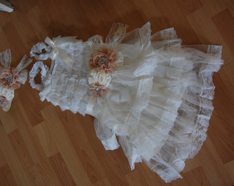 Ivory Girls Dress Rustic Flower Girl Dress Girl Vintage Lace Dress Country Flower Girl with matching sash and headband