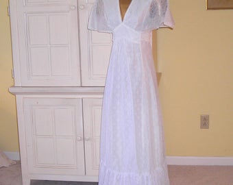 60's white eyelet maxi dress, wedding dress, graduation dress, prom dress, circle sleeves, empire waist, ties in back, size 8