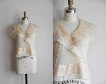 30s Timely Pearl top/ vintage 1930s blouse / net & lace blouse