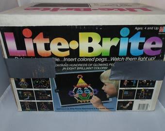 Vintage 1990 Lite Brite With unused sheets pegs Milton Bradley Toy WORKING!!!