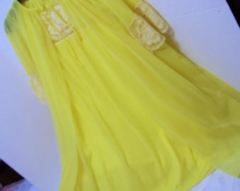 Waltz Robe, Night Gown Set, Bright Yellow, By Gaymode, Peignoir Set, Sheer Nylon, Size Small