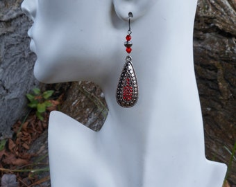 Red earrings, red jewelry, gift for her, Christmas gift, red teardrop earring, long earrings, gunmetal earrings, earrings for her, red gift
