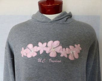 Go UCI Anteaters zot vintage 90's UC Irvine University of California heather grey fleece hoodie graphic sweatshirt pink hibiscus logo Large
