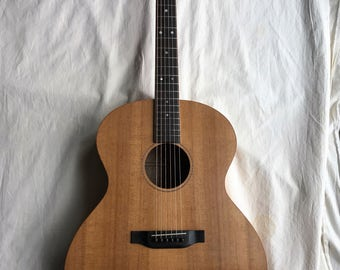 Jumbo Acoustic Guitar Custom made in the USA, Torrified Sitka Spruce over Birdesye Maple with hard case