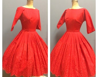 LADY IN RED 1950's Vintage 1950s 1960's 60s Holiday Boat Neck Dolman Sleeves Crisp Cotton Party Cocktail Dress w Scalloped Lace Overlay Xs S
