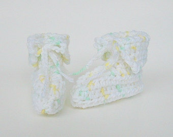 Newborn White Baby Booties With Green And Yellow Adoption Announcement 3 To 6 Months Boy Slippers Infant Girl  Pregnancy Reveal Shower Gift