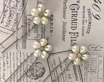 Pearl Bridal hair pins  , Bobby pins , Bridal hair accessories - silver hair pins - hair pins bridesmaid - crystal pins