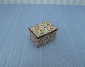 Gaël Miniature decorative box handmade lady - sewing french style