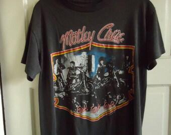 Vintage 80s MOTLEY CRUE Girls Girls Girls T Shirt sz S