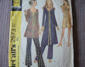 vintage 1970s McCalls sewing pattern 2673 misses dress or top and pants size 10