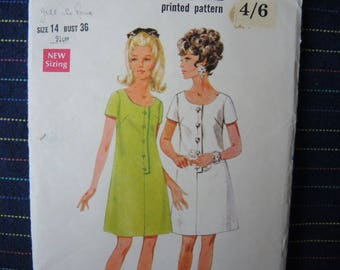 vintage 1960s Butterick sewing pattern 4874 misses one piece dress size 14