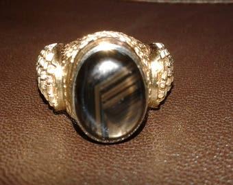 14 karat Gold Ring Size 10.5 SemiPrecious Stone Bold Beautiful Vintage Handmade