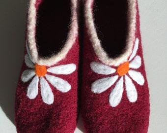 """Felt shoes """"Marguerite"""""""