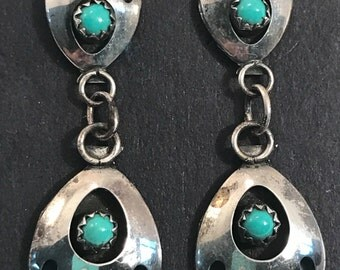 SALE Vtg old New Stock Navajo Bear Paw Earrings