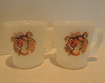 Fire King Mugs, Esso Tiger, 2 Anchor Hocking mugs, Esso Advertising, Excellent condition, Vintage