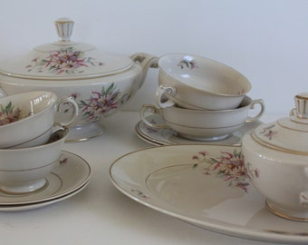 "Stunning Antique Arabia Finland 13 piece serving set for two in ""Maire"" pattern"