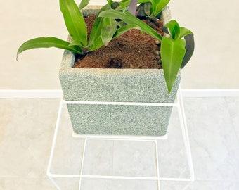 Diamond  stands for flowerpots - S