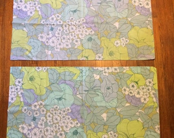 Flower pillowcase set of 2 king size pastel pretty blue green purple floral fabric cases