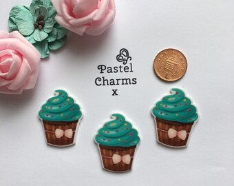Pack of 3 resin mint chocolate cupcake embellishments