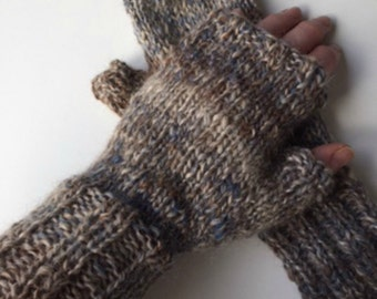 Hand Knit Hand Spun Fingerless Mitts/Wristwarmers in Oatmeal, Brown and Blue