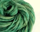 Chunky green handspun yarn,Thick and Thin yarn, green , knitting yarn, chunky merino knitting wool, big knitting wool