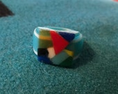 Vintage Celluloid Bakelite Folk Art Prison Ring by Bob Dodd (Size 8-3/4)