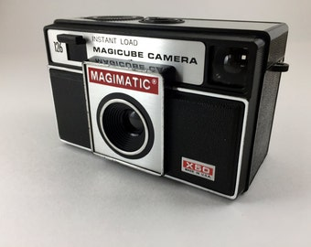 Imperial Magimatic Magicube Camera, Instant Load X50 antique camera