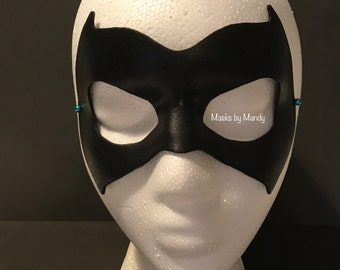 Batwoman inspired superhero mask