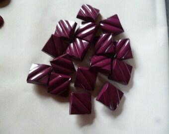 Vintage Buttons. 16 Purple Plastic Square Shank Buttons
