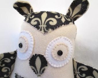Owl - Fleur de lis
