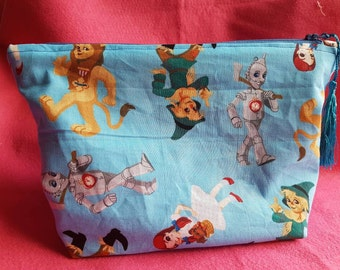 The Wizard of Oz zipped pouch