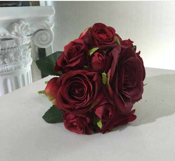 Maroon flower bouquet dark red burgundy rose flower bouquet for Prix bouquet de fleurs