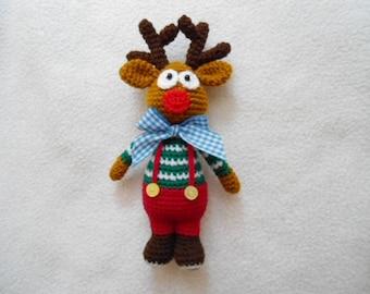 sweet xmas deer crochet pattern