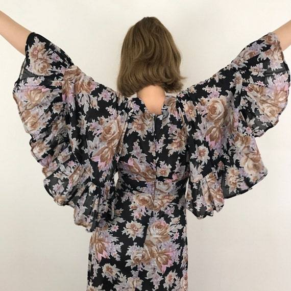 Maxi dress 1970s butterfly sleeves flower power boho flared skirt UK 8 floaty long prairie hippy 70s black cape sleeves wedding caped rose