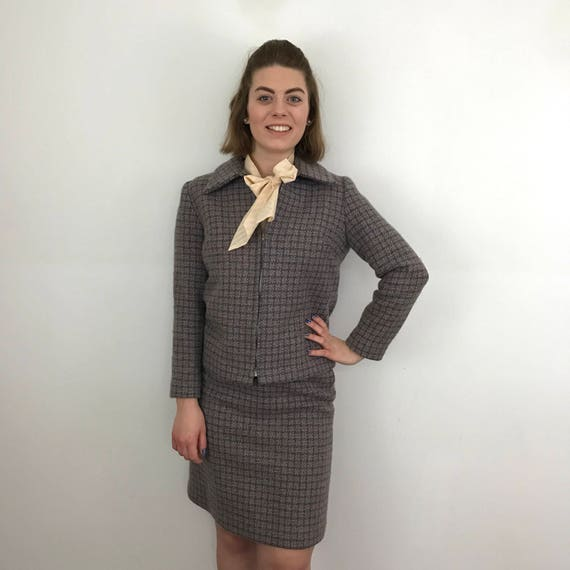 vintage suit dogtooth wool two piece jacket pencil mini skirt woven wool outfit Mad Men UK 8 1950s 1960s Mod scooter girl zip up sports coat