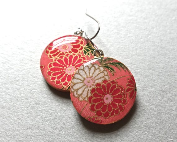 Pink Earrings, Flower Earrings, Japanese earrings, Japanese paper earrings, Japanese paper jewelry, Chiyogami Earrings, Chiyogami jewelry