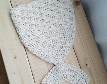 Mermaid Fin - Baby - Photography Prop - Cream/ Gold Sparkle